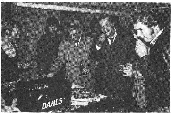 Bilde fra åpningen av Bergkjelleren 1. oktober 1975